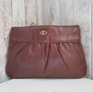Vintage rusty brown leather clutch zipper top